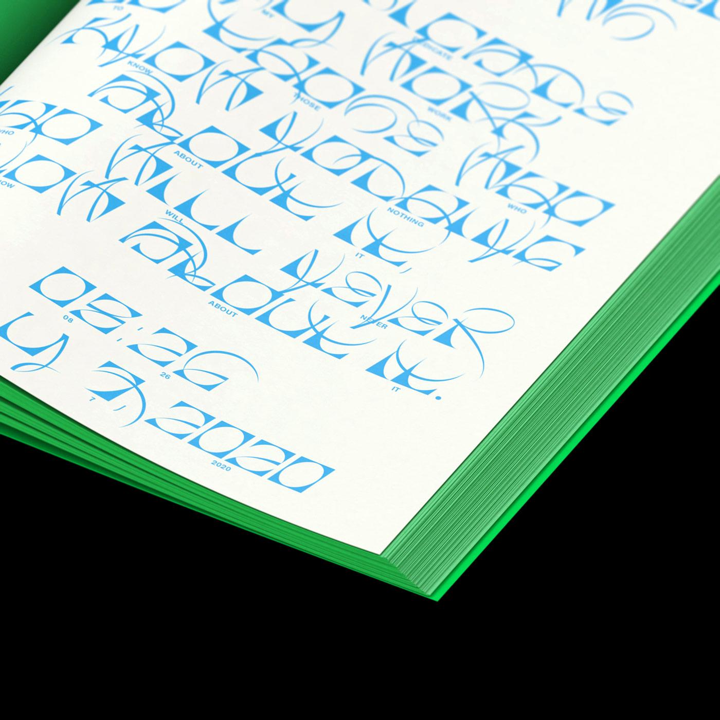 Ecker einer Seite eines aufgeschlagenen Buches mit abstrakter blauer Typografie